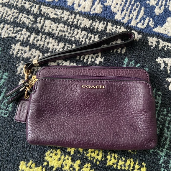 Coach Double-Zip Wristlet Plum